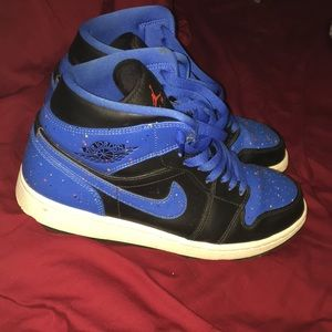 Nike Jordan 1s very good condition barely used